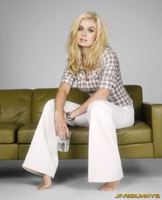 Share, rate and discuss pictures of Katherine Jenkins's feet on wikiFeet - the most comprehensive celebrity feet database to ever have existed. Royal Academy Of Music, Westminster Cathedral, Katherine Jenkins, Celebrity Diets, Digital Art Girl, Dancing With The Stars, Perfect Woman, Celebs, Celebrities