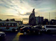 Atardecer en Plaza Grau, Lima