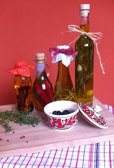 Non Plus Ultra, Food 52, Wine Decanter, Food And Drink, Xmas, Cooking Recipes, Minion, Drinks, Bottle
