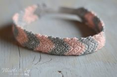 Free Crochet Pattern - Simple Chevron Headband   Crochet this adorable headband. Includes instructions for women and toddler sizes.