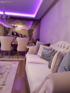 Stylish and eye-catching. From the house of the lady . – 7 - New Deko Sites Front Door Paint Colors, Painted Front Doors, Living Room Decor On A Budget, Elegant Living Room, Room Interior, Home Interior Design, Mermaid Room, Starter Home, Luxury Living