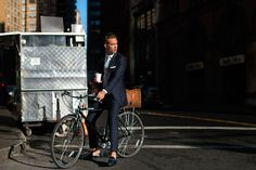 A momentary pause on a New York City Street is captured by The Sartorialist.