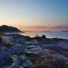 Morning ✨ #goodmorning #stillness #breathe #november #morningsky #beautiful #earth #nature #calm #stillhet #natur #vackert #lugn #skärgård #archipelago #silence #crisp #godmorgon
