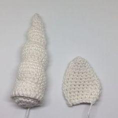 Crochet unicorn headband. Free pattern.