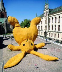 Big Yellow Rabbit soft sculpture - Florentijin Hofman, Orebro, Sweden, 2011 #public art installation