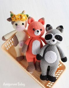 I love this pattern! It is easy to understand and animals turned out super cute! #amigurumi #amigurumidoll #amigurumipattern #amigurumitoy #amigurumiaddict #crochet #crocheting #crochetpattern #pattern #patternsforcrochet