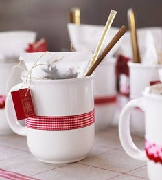 A personalized mug filled with ingredients for a delicious drink makes a great gift! Learn more about this gift idea: http://www.bhg.com/recipes/drinks/seasonal/11-fall-drink-recipes/