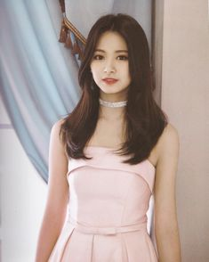 Chou Tzuyu, known mononymously as Tzuyu, is a Taiwanese singer based in South Korea and a member of the K-pop girl group Twice, under JYP Entertainment. Nayeon, Kpop Girl Groups, Korean Girl Groups, Kpop Girls, K Pop, Tzuyu Body, Twice Tzuyu, Twice Kpop, Vogue Covers