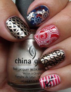 Nautical nails! Love the index finger! #fingernailart