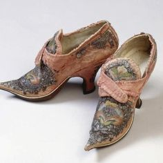 1720's 18c. ~ Embroidered Pink Velvet shoes