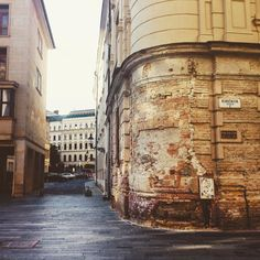 Old City is always attractive (Bratislava Slovakia) #bratislava#slovak#slovakia#vintage#old#oldcity#oldtown#town#building#alley#traditionalhouse#travel#europe#trip#time#vintage#like#love#tempting#wander#wanderlust#nature#street#oldstreet#happy#hangout#great#beautiful by nhatanhjourney