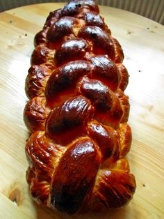 Hungarian braided sweet bread or kalács is similar to the Jewish challah eaten on Sabbath and holidays; it's traditionally baked for Easter. Hungarian Bread Recipe, Hungarian Cookies, Hungarian Desserts, Hungarian Cuisine, Hungarian Recipes, Hungarian Food, German Easter Bread Recipe, Austrian Recipes, Croatian Recipes