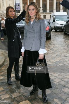 Olivia Palermo arrives at the Elie Saab show as part of the Paris Fashion Week Womenswear Fall/Winter on March 4 2017 in Paris France Olivia Palermo Outfit, Estilo Olivia Palermo, Olivia Palermo Lookbook, Fashion Week Paris, Winter Mode, Winter 2017, Autumn Winter Fashion, Fall Winter, Looks Street Style