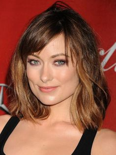 42 Best Medium Bob Hairstyle to Transform Your Look #Style http://seasonoutfit.com/2018/01/17/42-best-medium-bob-hairstyle-to-transform-your-look/