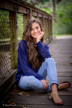 Image result for senior pictures poses for girls