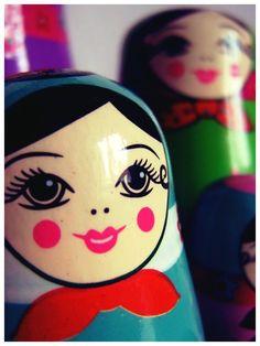 Matryoshka | http://autumnsundays.deviantart.com/art/Lipgloss-lies-145898090