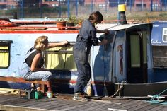 Living in a narrowboat http://m.derbytelegraph.co.uk/what-it-s-really-like-to-live-on-a-narrow-boat/story-30335424-detail/story.html