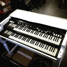 Rod Stewart's vintage B-3 Hammond organ is sounding happy and ready to hit the road!