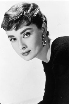 Women With Short Hair Are Beautiful Attractive Actresses With - Classic pixie hairstyle