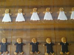 Bride and Groom Gingerbread People by Bespoke Cake Lady, via Flickr