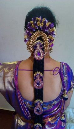 Indian Bridal Photography Headpieces Ideas For 2019 South Indian Wedding Hairstyles, Bridal Hairstyle Indian Wedding, South Indian Bride Hairstyle, Indian Wedding Fashion, Bridal Braids, Bridal Hairdo, Saree Hairstyles, Bride Hairstyles, Hairstyles Haircuts
