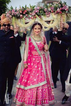 Stunning gotapatti Anita Dongre bridal lehenga with mint bordered dupatta! | WedMeGood|#wedmegood #indianweddings #bridallehenga #pinklehenga #lehenga #anitadongre #gotapatti #gotapattilehenga #weddinglehenga