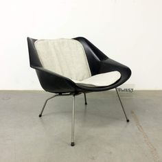 FM08 easy chair, CEES BRAAKMAN, PASTOE