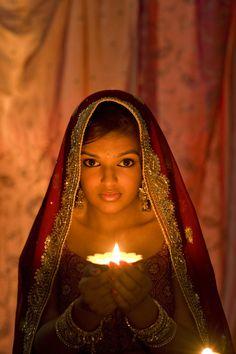 Discover the Top 25 Most Inspiring Rumi Quotes: mystical Rumi quotes on Love, Transformation and Wisdom. Foto Gift, Happy Diwali Photos, Diwali Celebration, Diwali Festival, Robert Doisneau, Goddess Lakshmi, Indian Festivals, Festival Lights, Bollywood Stars