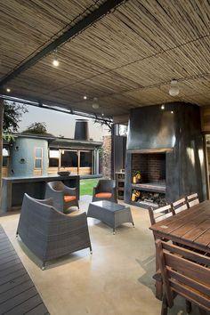 Beautiful Houses: House Mouton
