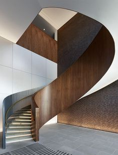 Johnson Naylor are responsible for the interior architecture and design of all areas in the Kings Cross Plimsoll Building, London. Spiral Stairs Design, Staircase Railing Design, Interior Staircase, Stair Handrail, Staircase Remodel, Staircase Ideas, Architecture Details, Interior Architecture, Modern Stairs