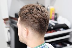 35 lovely Men's Hairstyles for Summer Season 2019 Holiday Hairstyles, Summer Hairstyles, Cool Hairstyles, Beautiful Hairstyles, Stylish Haircuts, Haircuts For Men, Low Taper Fade, Hair And Beard Styles, Hair Styles