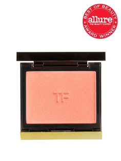 BLUSH POWDER Each pearly shade of Tom Ford Cheek Color looks as though you're honest-to-goodness blushing. Love Lust (shown here) is a peachy-pink that flatters every skin tone. Beauty Tips For Hair, Beauty Bar, Beauty Shop, All Things Beauty, My Beauty, Beauty Makeup, Beauty Hacks, Hair Beauty, Beauty Ideas