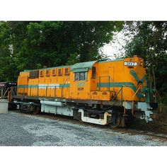 Durbin & Greenbrier Valley Alco rs11 ex N&W. Parked at the Shenandoah…