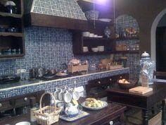 mexican tile kitchen - san miguel de allende - brown, blue & white