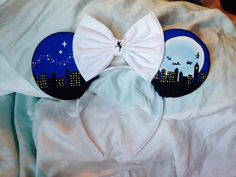 Peter Pan disney ears by YubNub on Etsy, I have to get these before my trip to Disney in March
