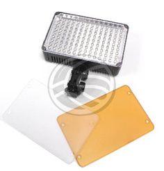 Lámpara o antorcha de LEDs para ser acoplada a una cámara de vídeo o de fotos, mediante la zapata hot-shoe de la cámara. Tambien puede ser fijada a cualquier soporte o estructura que disponga de sistema de fijación tipo zapata de flash. Se trata de una lámpara de LEDs de bajo consumo que emite luz continua.