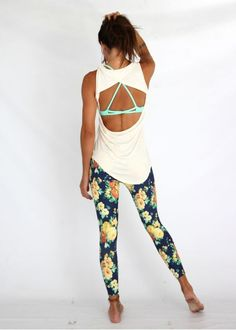 ♡ Women's Yoga Workout Clothes | Leggings | Good Fashion Blogger | Fitness Apparel | Must have Workout Clothing | Yoga Tops | Sports Bra | Yoga Pants | Motivation is here! | Fitness Apparel | Express Workout Clothes for Women | #fitness #express #yogaclot