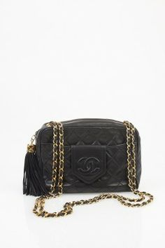 Vintage Chanel. Drooling.