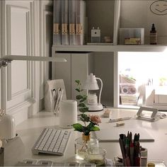 white minimalistic study desk home interior korean apartment soft aesthetic kawaii g e o r g i a n a : f u t u r e h o m e Study Room Decor, Study Rooms, Study Desk, Room Ideas Bedroom, Bedroom Decor, Study Space, Study Areas, Desk Space, Home Interior