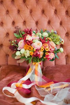 not your typical fall wedding bouquet | autumn wedding flowers