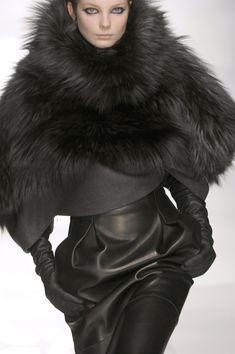 #gorgeous #fur #black ✿✿ڿڰۣ(̆̃̃-- ♥ Donna-NYrockphotogirl