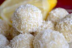 keto lemon coconut balls Lemon Coconut, Coconut Recipes, Keto Recipes, Dessert Recipes, Keto Foods, Cake Recipes, Keto Snacks, Dessert Ideas, Yummy Recipes