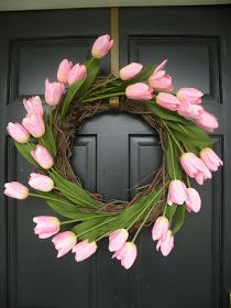 It's Written on the Wall: (DIY) Have You Seen These Easter Decorations For Table & Home?