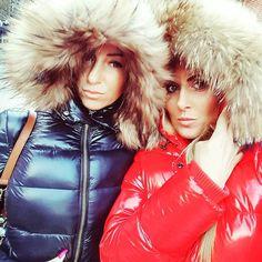 regram from @girlsanita #fur #hood #furhood #downjacket #downcoat #pufferjacket #puffercoat #puffyjacket #puffycoat