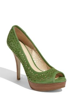 i really want some green shoes. perfect for spring & summer