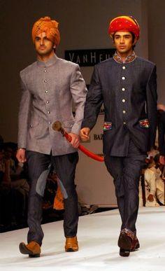 Van Heusen Indian Mens' Fashion Week 2009 begins Indian Men Fashion, Arab Fashion, Mens Fashion Week, Gents Fashion, Runway Fashion, Indian Wedding Wear, Wedding Men, Wedding Ideas, Indian Man