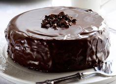 9 x upea täytekakku Tasty Chocolate Cake, Chocolate Chocolate, I Want To Eat, Pyrex, I Love Food, Valentines Day, Sweet Tooth, Food And Drink, Pudding