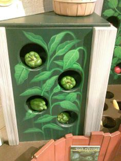 Farming dramatic play pretend play: use boxes and velcro to pick fruits and veggies