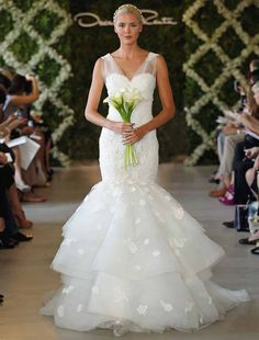 Oscar de la Renta Discount Designer Wedding Dresses