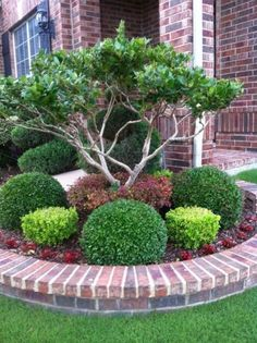 Simple But Awesome Small Front Yard Landscaping Ideas - On the off chance that you are getting exhausted with your ordinary front yard that ordinarily would be a fix of grass, a letter drop and nursery bann. Front Yard Garden Design, Front Garden Landscape, Small Front Yard Landscaping, Outdoor Landscaping, Landscaping Design, Landscaping Rocks, Front Yard Gardens, Brick Garden Edging, Inexpensive Landscaping